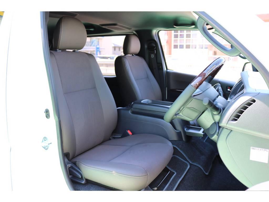 特別仕様の内装になっています!   トヨタ ハイエースバン 2.8 スーパーGL 50TH アニバーサリー リミテッド ロングボディ ディーゼルターボ 50TH