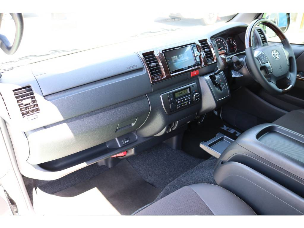 SDナビ・ETC等も装着されておりますので即納可能です! | トヨタ ハイエースバン 2.0 スーパーGL 50TH アニバーサリー リミテッド ロングボディ 50TH
