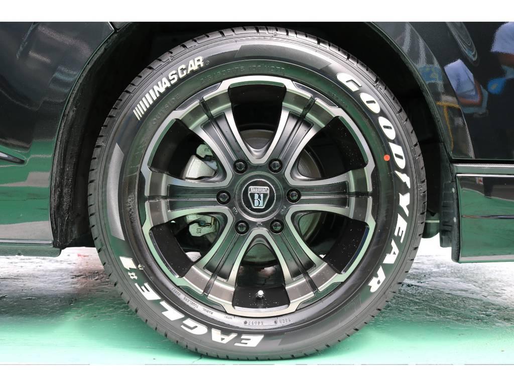 ホイールはオリジナルカラーのバルベロディープスの17インチが装着されております!   トヨタ ハイエース 2.7 GL ロング ミドルルーフ 4WD FLEXカスタム下取り直販