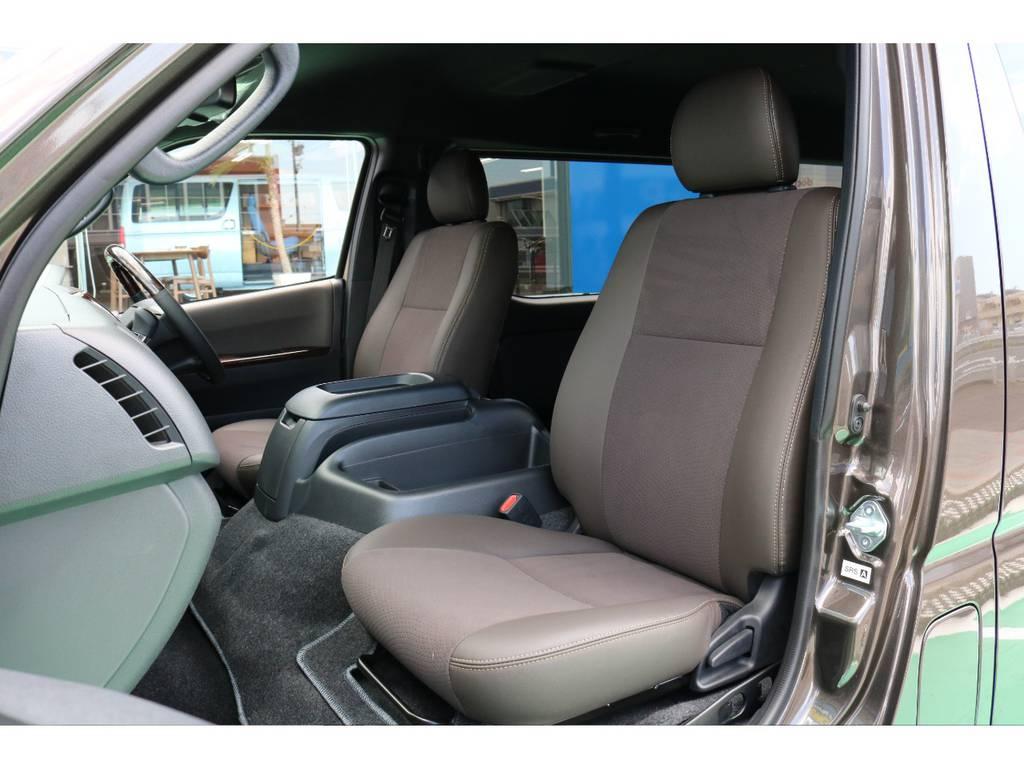 50TH限定モデルはシートがより上品です! | トヨタ ハイエースバン 2.8 スーパーGL 50TH アニバーサリーLTD ワイド ミドルルーフ ロングボディ Dターボ 50TH