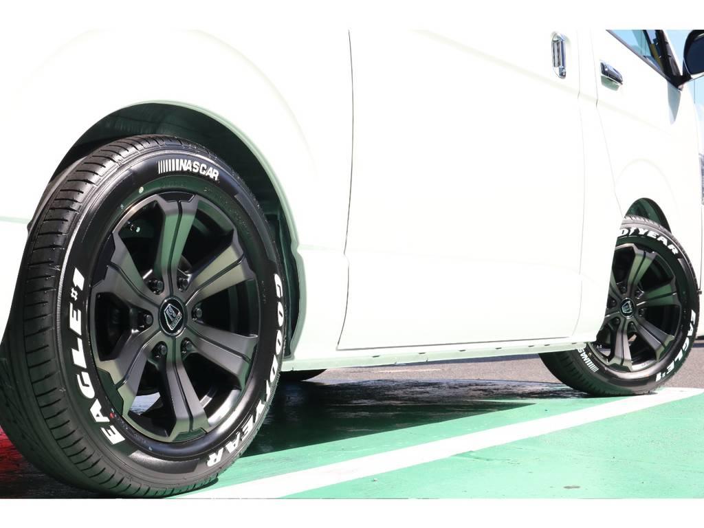 タイヤはハイエースで大人気のグットイヤーナスカータイヤです♪