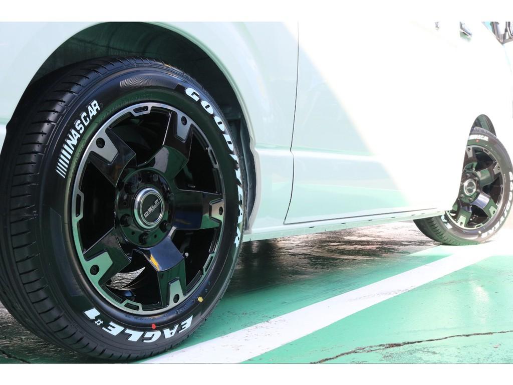 タイヤはバンタイヤのナスカータイヤ!