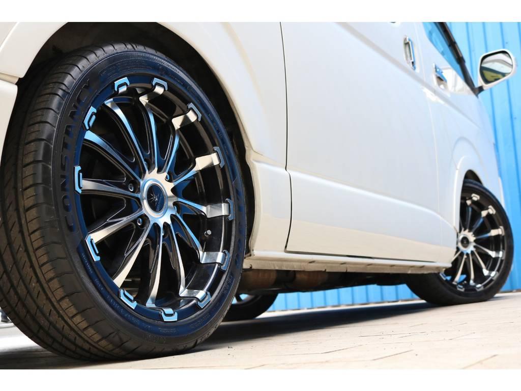 ブラインドフェンダーでローダウンの視覚効果もUP♪ | トヨタ ハイエースバン 2.0 スーパーGL ロング 4型フェイスチェンジ