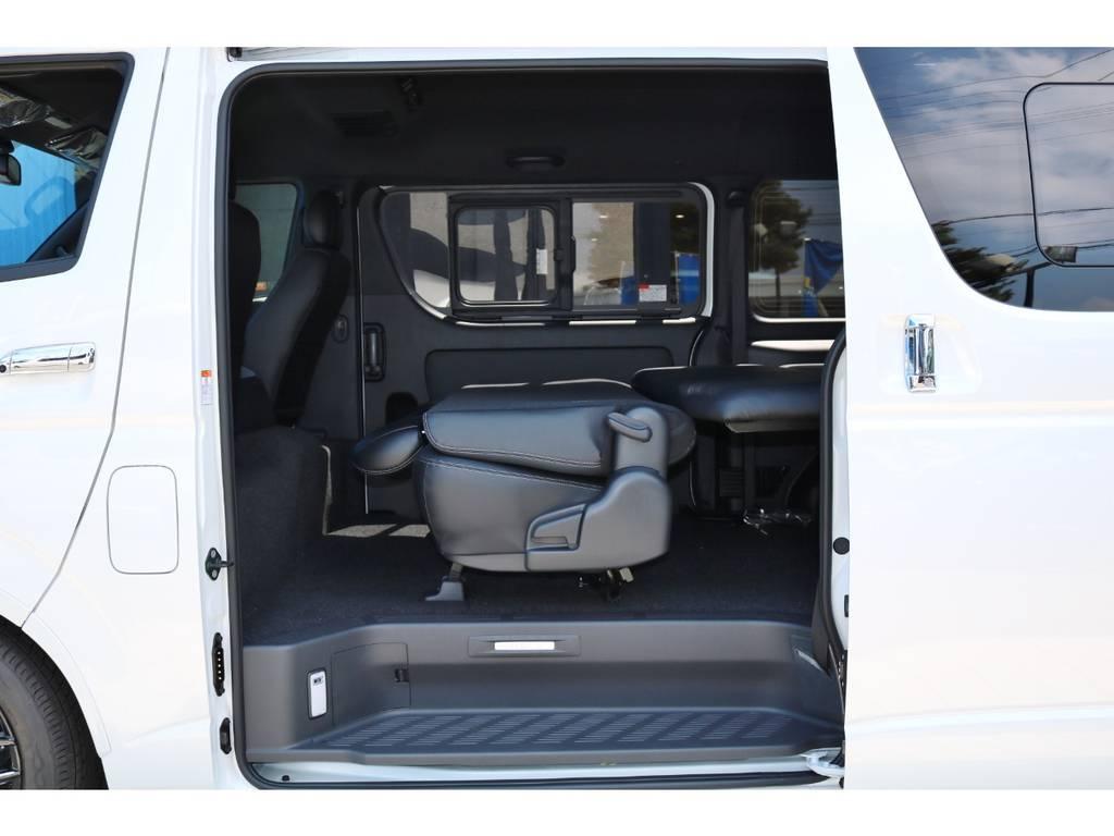 リヤシート リクライニング | トヨタ ハイエースバン 2.8 スーパーGL ダークプライムⅡワイド ミドルルーフ ロングボディ ディーゼルターボ DPⅡ 小窓付き