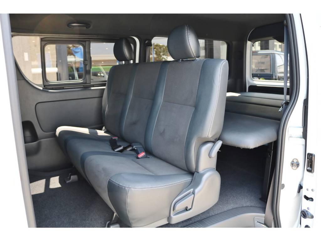 リヤシート 2段階調整式スライド・リクライニング | トヨタ ハイエースバン 2.8 スーパーGL ダークプライムⅡワイド ミドルルーフ ロングボディ ディーゼルターボ DPⅡ 小窓付き