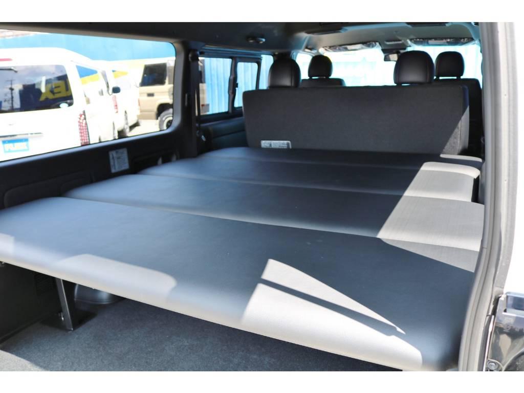 工具無しで高さ調整や取外しも可能です♪ | トヨタ ハイエースバン 2.8 スーパーGL ダークプライムⅡワイド ミドルルーフ ロングボディ ディーゼルターボ DPⅡ 小窓付き