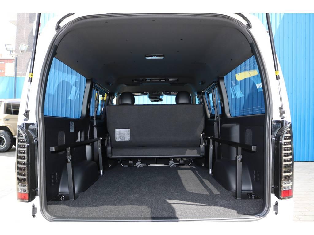 ベッドマットを取り外すと、広大なラゲッジスペースとしてもお使い頂けます! | トヨタ ハイエースバン 2.8 スーパーGL ダークプライムⅡワイド ミドルルーフ ロングボディ ディーゼルターボ DPⅡ 小窓付き