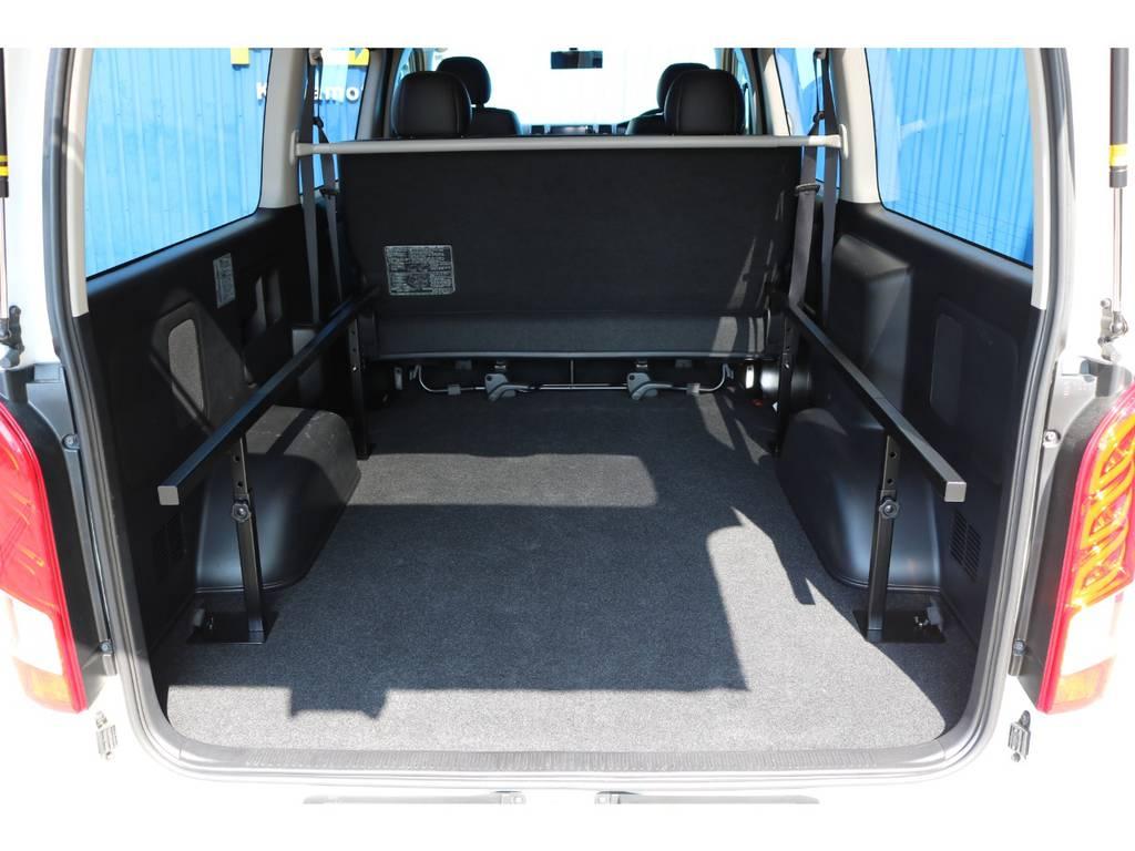 ベッドマットを取り外すと、広々としたラゲッジスペースとしてもお使い頂けます!   トヨタ ハイエースバン 2.0 スーパーGL ダークプライム ロングボディ 4型6AT