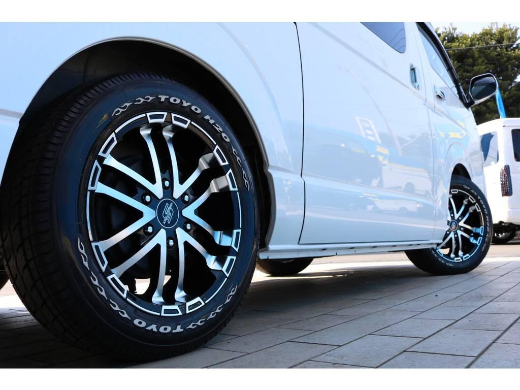 ゼロブレイクS 17インチアルミホイール&TOYO H20タイヤ   トヨタ ハイエースバン 2.0 スーパーGL ダークプライム ロングボディ 4型6AT