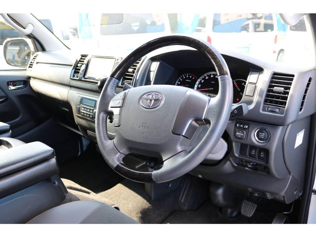 販売時メーカーオプション ステアリングスイッチ付き!   トヨタ ハイエースバン 2.0 スーパーGL ダークプライム ロングボディ 4型6AT