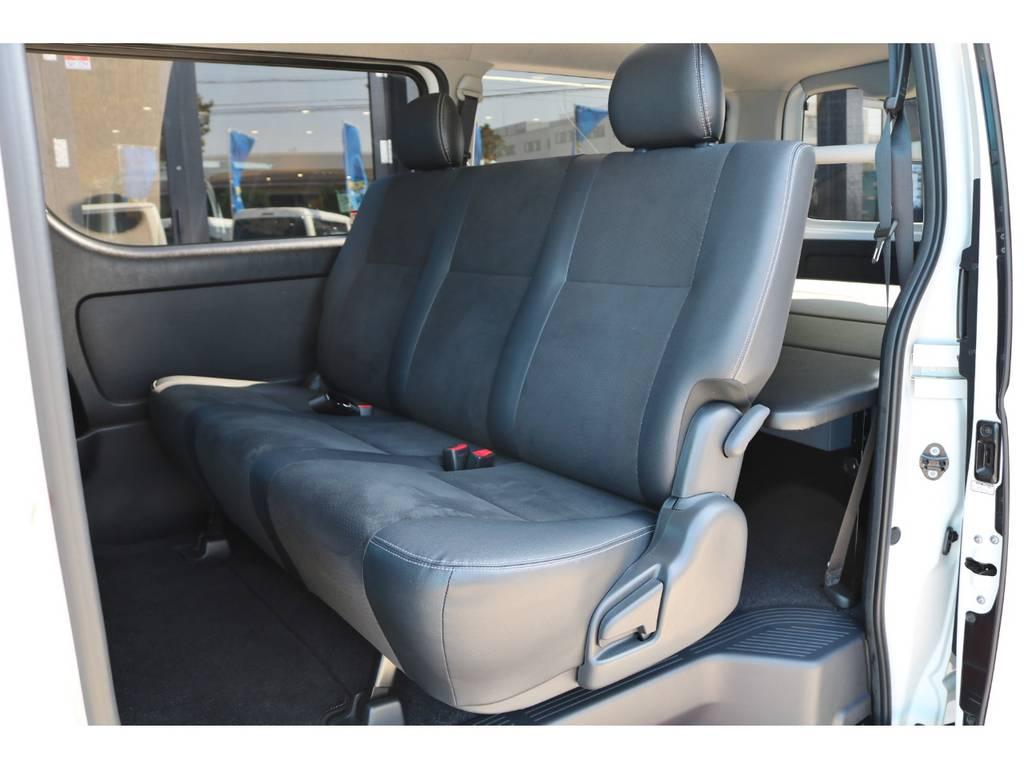 シート色はダークグレーです!   トヨタ ハイエースバン 2.0 スーパーGL ダークプライム ロングボディ 4型6AT