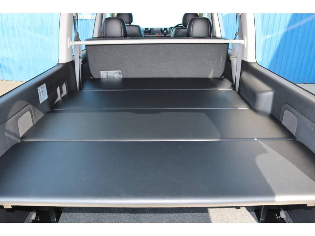 分割式ベッドキット   トヨタ ハイエースバン 2.0 スーパーGL ダークプライム ロングボディ 4型6AT