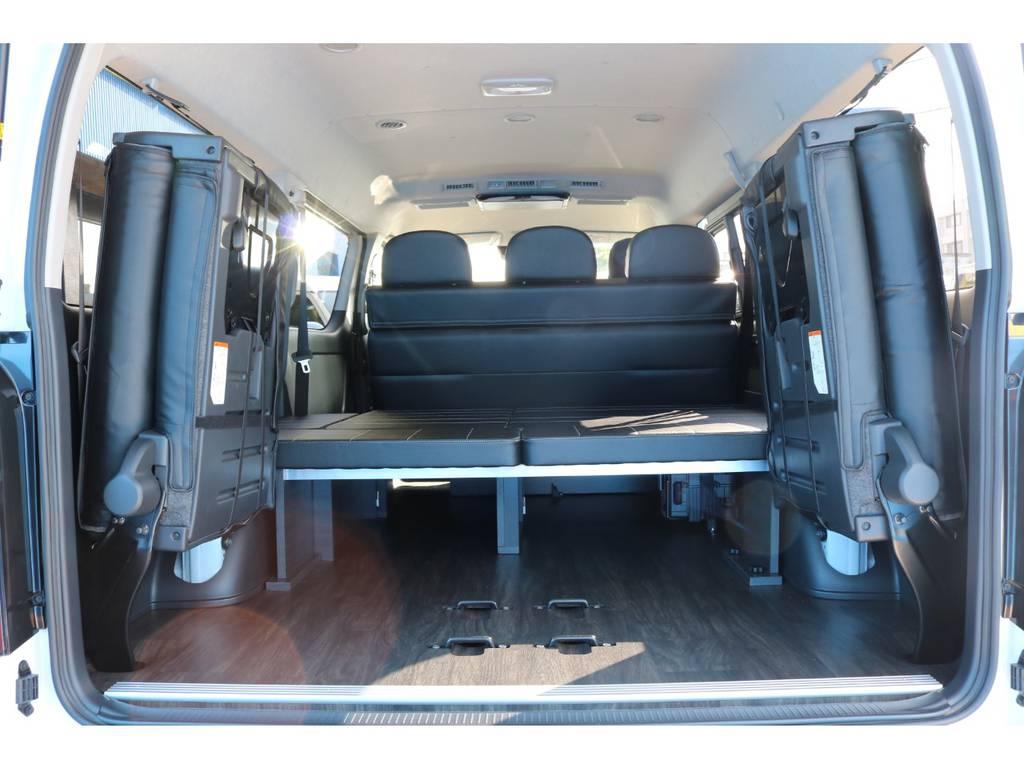 ベッド下にはスペースもあり、荷物も収納出来ます! | トヨタ ハイエース 2.7 GL ロング ミドルルーフ TSS付 シートアレンジVer2
