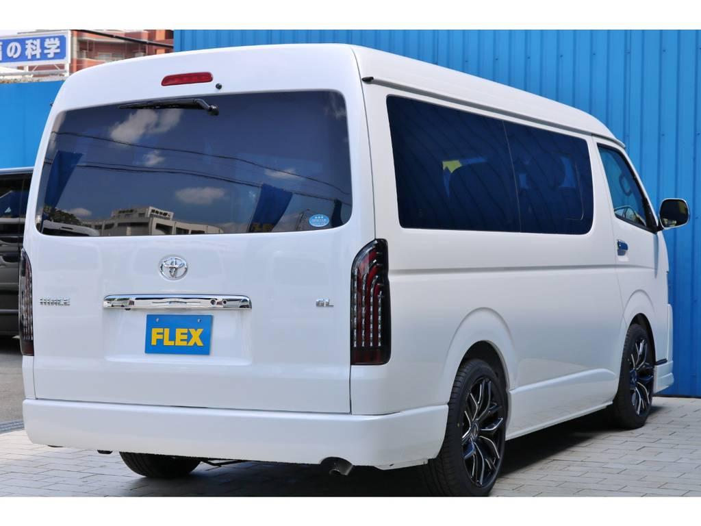 ボディーカラーは人気のパールホワイト♪メーカーオプションです! | トヨタ ハイエース 2.7 GL ロング ミドルルーフ TSS付 シートアレンジVer2