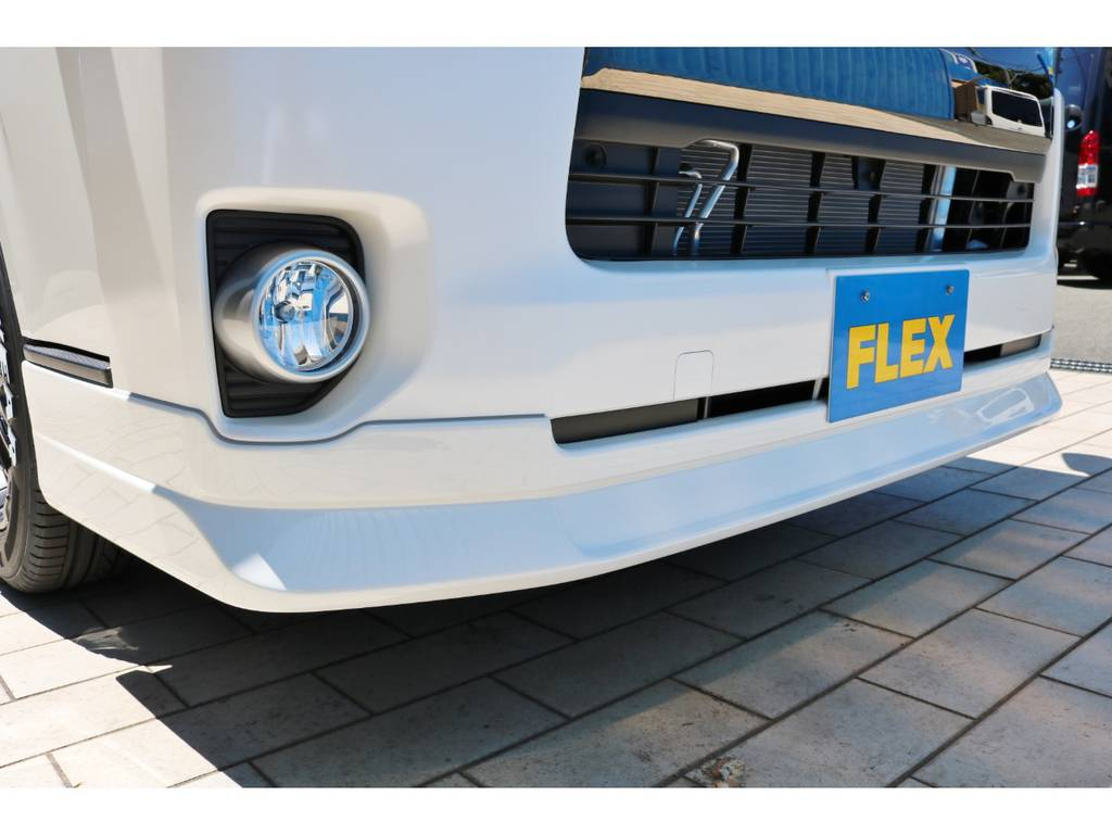 FLEXオリジナル フロントリップスポイラー! | トヨタ ハイエースバン 2.8 スーパーGL 50TH アニバーサリー リミテッド ロングボディ ディーゼルターボ 50TH FLEXフルカスタム