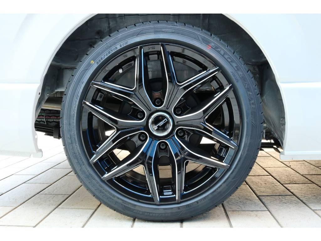FLEXオリジナル Delf01 18インチアルミホイール&GGOODYEAR EAGLE LS EXEタイヤ | トヨタ ハイエース 2.7 GL ロング ファインテックツアラー FLEXカスタム