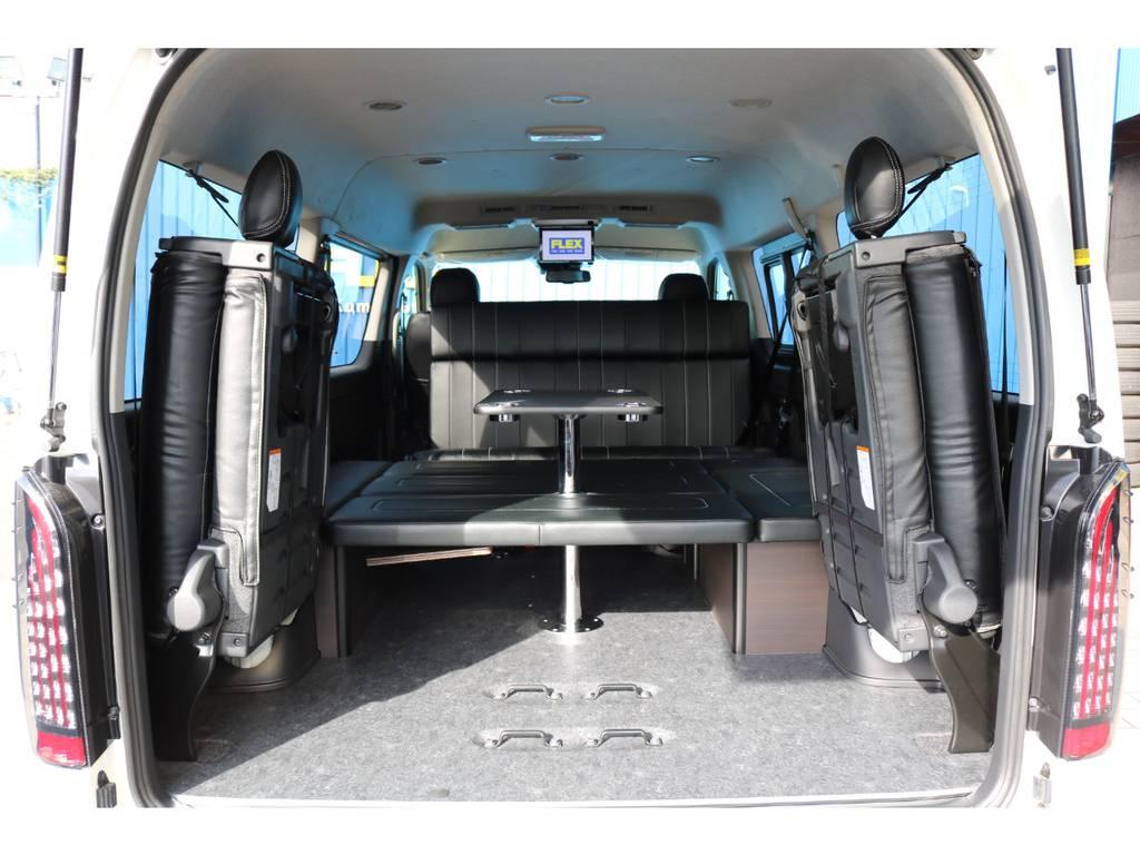 センターテーブルは使わないときは取外しも可能です! | トヨタ ハイエース 2.7 GL ロング ミドルルーフ TSS付アレンジAS