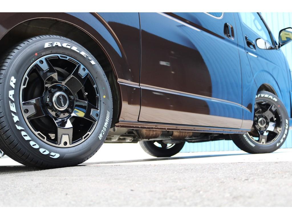 コーストラインの雰囲気にもとっても似合うホイールとタイヤの組み合わせです!