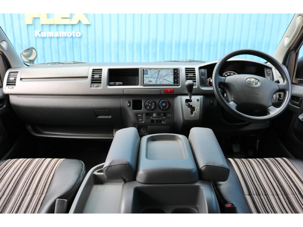 平成21年式 ハイエース ワイド S-GL 270cc ガソリン 2WD 走行80,700km 車検1年受け渡し