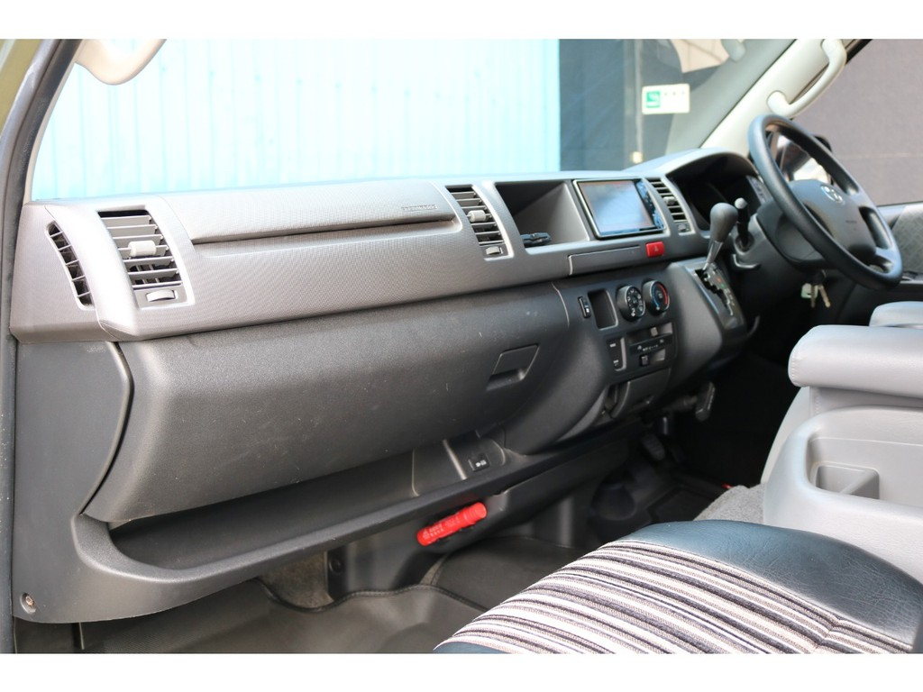助手席SRSエアバッグ・AC100V電源コンセント付き車両です!