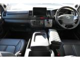 平成30年式 ハイエース バン S-GL ダークプライム 2800cc ディーゼルターボ 走行10,950km ワンオーナー車