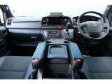 一部改良後 未登録新車 ハイエースV スーパーGL 特別仕様車『ダークプライムⅡ』 2000cc ガソリン 2WD 小窓付き