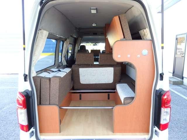 | 日産 NV350キャラバン 2.5 DX スーパーロングボディ ハイルーフ ディーゼルターボ 4WD キャンパー特装 ラディッシュ