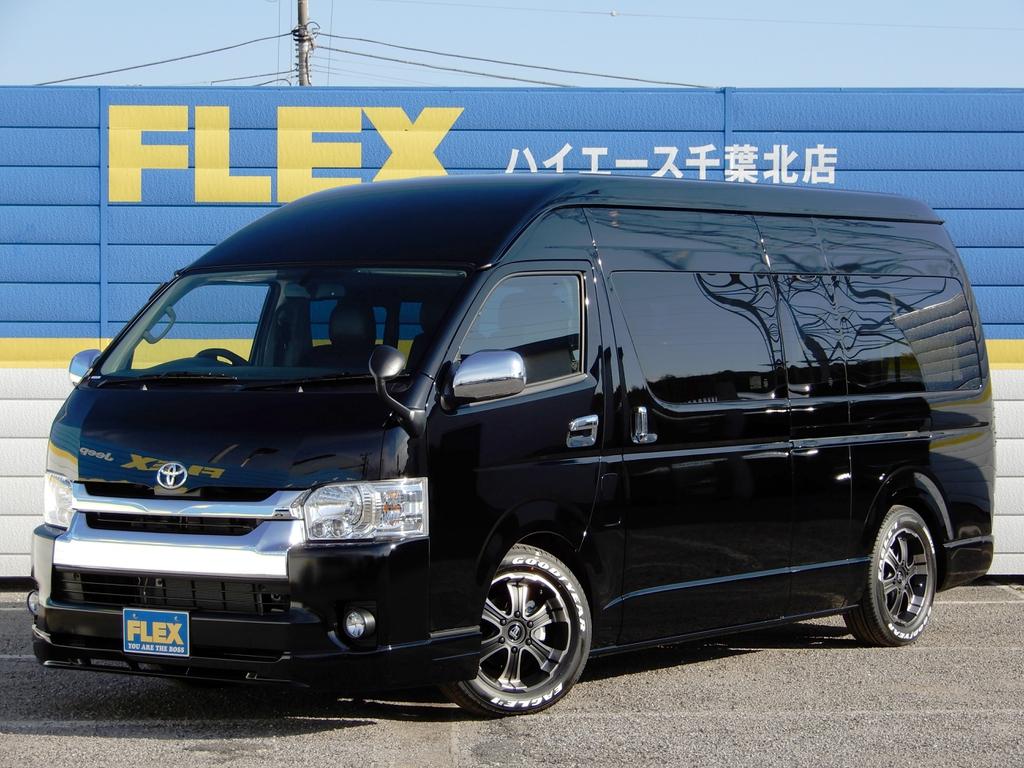 新車ハイエースコミューター ディーゼルターボ 10人乗り 内外装ライトカスタム済み特設ブラック!