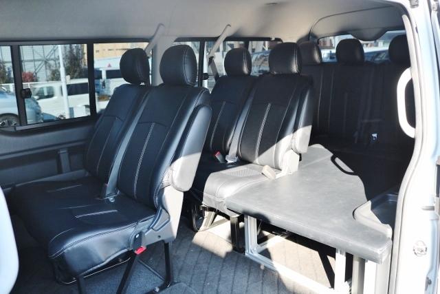室内ベット付き♪ | トヨタ ハイエース 2.7 GL ロング ミドルルーフ ベットキット・ナビ・モニター付き