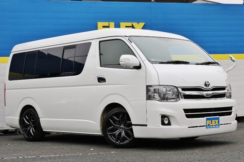 ローダウン施工済み♪ | トヨタ ハイエース 2.7 GL ロング ミドルルーフ ベットキット・ナビ・モニター付き
