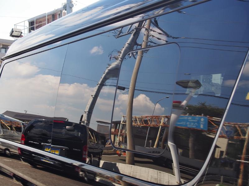 右側小窓付き! | トヨタ ハイエース 2.7 GL ロング ミドルルーフ TSS付
