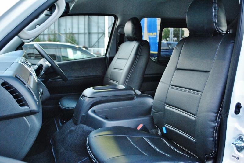 広くて使い易くまとめられたコックピットは機能的でいつまでも運転していたくなります♪ | トヨタ ハイエース 2.7 GL ロング ミドルルーフ TSS付き