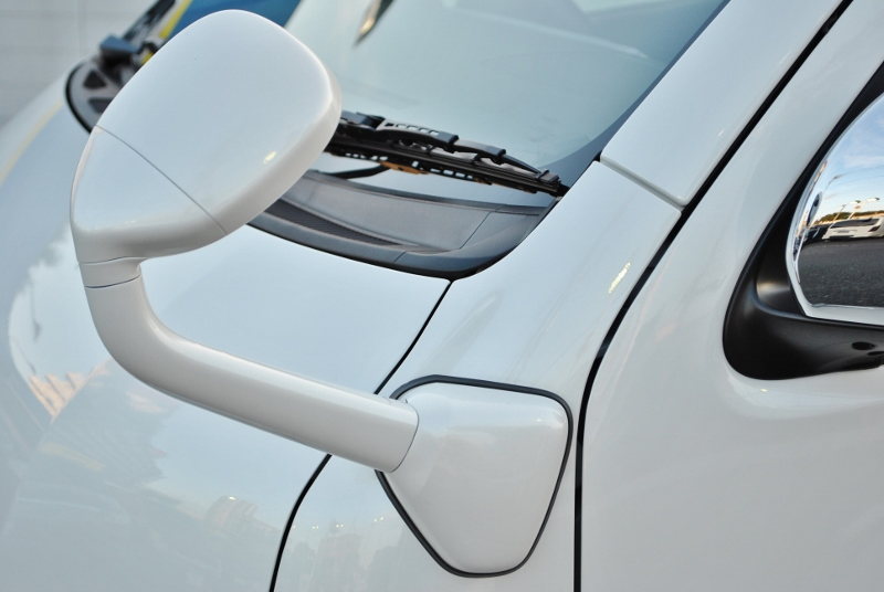 フロントアンダーミラーボディー同色♪ | トヨタ ハイエース 2.7 GL ロング ミドルルーフ TSS付き