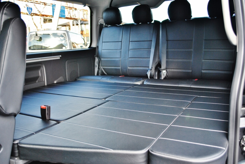 車中泊もできる優れた車内♪ | トヨタ ハイエース 2.7 GL ロング ミドルルーフ セーフティー付き Ver1施工