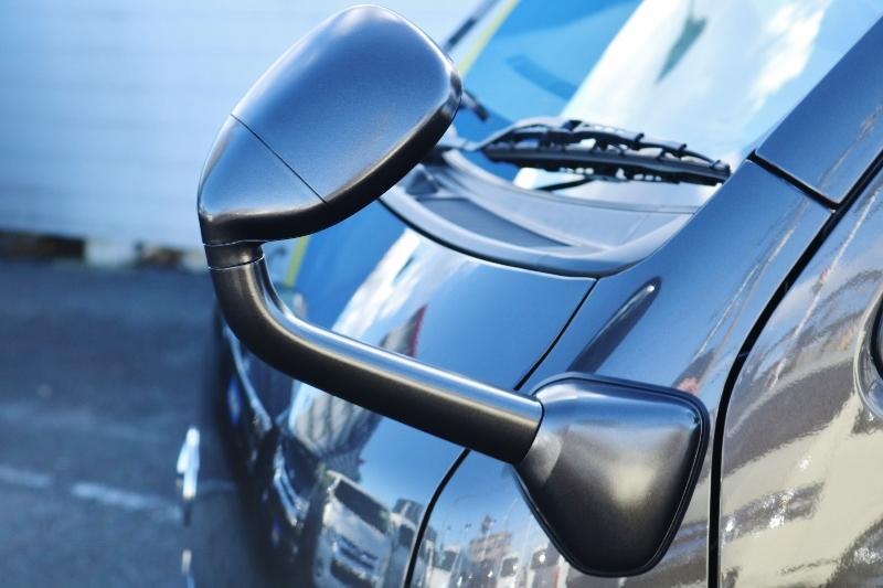 フロントアンダーミラーはボディと同色♪   トヨタ ハイエースバン 2.0 スーパーGL 50TH アニバーサリー リミテッド ロングボディ パワスラ付 Ver4ベットキット