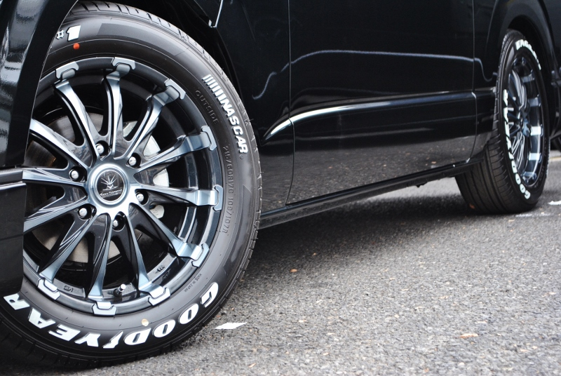 ブラックダイアモンド17インチアルミにはGOODYEAR NASCARタイヤ装備! | トヨタ ハイエースバン 2.0 スーパーGL ダークプライムⅡ ロングボディ PS無 ARRANGE FU-N