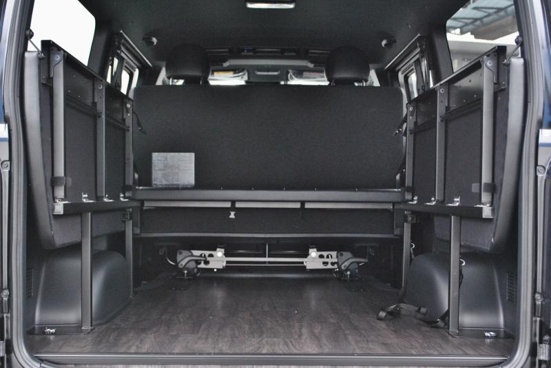 自転車が2台乗る荷室! | トヨタ ハイエースバン 2.0 スーパーGL ダークプライムⅡ ロングボディ PS無 ARRANGE FU-N