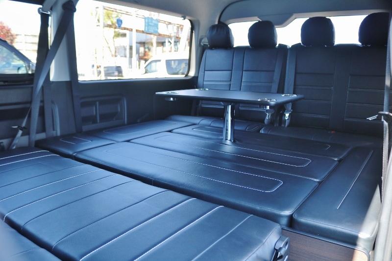 横になりながらテーブルが使えます♪ | トヨタ ハイエース 2.7 GL ロング ミドルルーフ TSS付 シートアレンジ AS