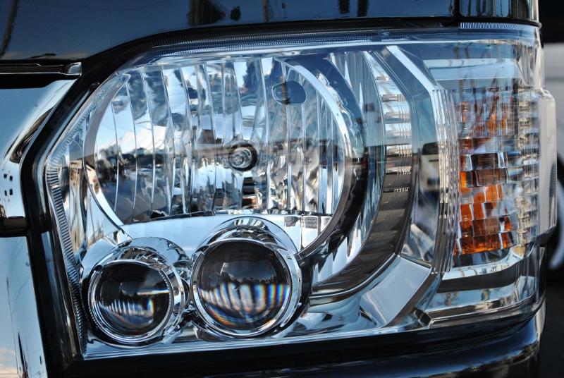 ヘッドライトは純正LEDヘッドランプになってます♪ | トヨタ ハイエースバン 2.8 スーパーGL ダークプライムⅡ ロングボディ ディーゼルターボ 4WD Ver4 小窓あり