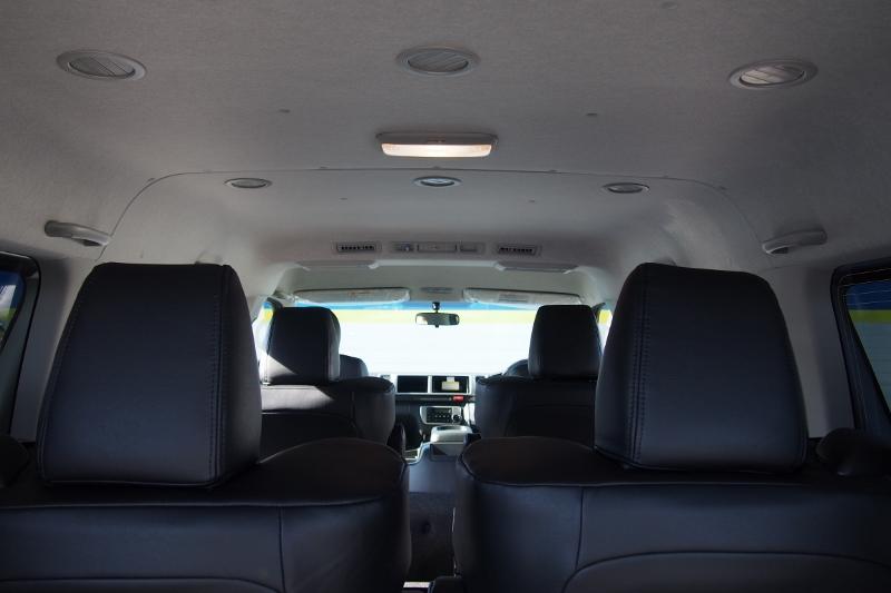 ミドルルーフなので天井の圧迫感を感じません。 | トヨタ ハイエース 2.7 GL ロング ファインテックツアラー 4WD 4WDファインテックツアラー