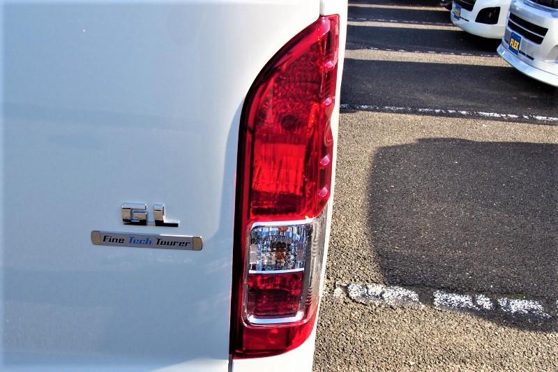 リアフォグ付きテールランプ! | トヨタ ハイエース 2.7 GL ロング ファインテックツアラー 4WD 4WDファインテックツアラー