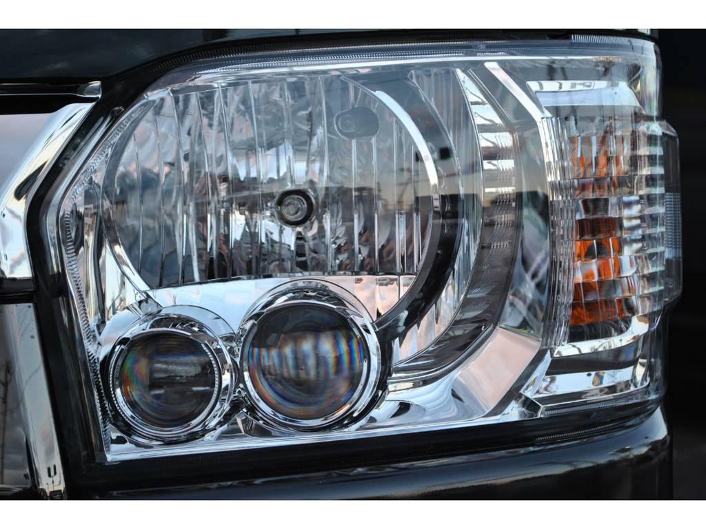 メーカーオプションのLEDヘッドランプ付いてます♪   トヨタ ハイエースバン 2.8 スーパーGL 50TH アニバーサリー リミテッド ロングボディ ディーゼルターボ 4WD TSS付 パワスラ付き