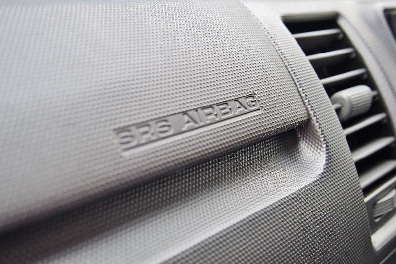 メーカーオプションの助手席エアバック♪ | トヨタ ハイエースバン 2.0 スーパーGL ロング 極カスタム
