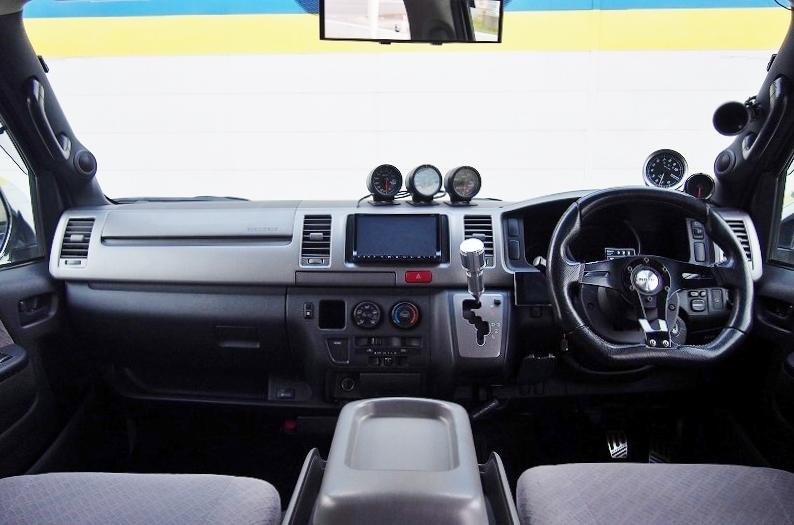 シンプルフロント周り♪ | トヨタ ハイエースバン 2.0 スーパーGL ロング 極カスタム