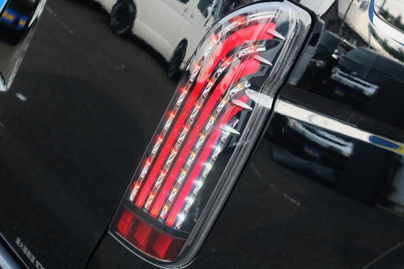 FLEXオリジナル煌LEDテールランプ! | トヨタ ハイエースバン 2.8 DX ワイド スーパーロング ハイルーフ GLパッケージ ディーゼルターボ 4WD S-GLシート スライドレール WAC