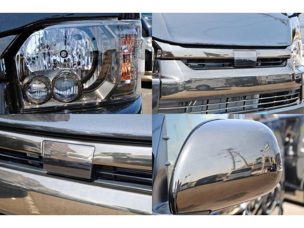 ヘッドライトインナー、フロントグリル、ドアミラーカバーをゴールドに塗装致しました! | トヨタ ハイエース 2.7 GL ロング ミドルルーフ TSS付 GDアイズ仕様
