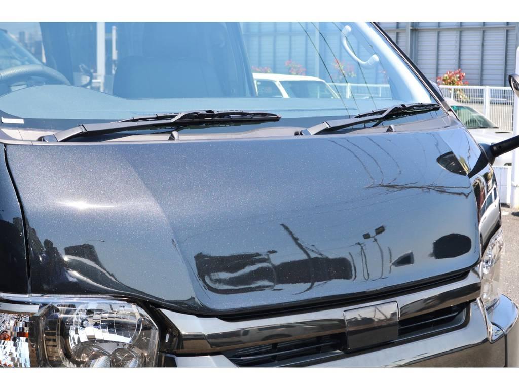 FLEX デルフィーノラインボンネット! | トヨタ ハイエース 2.7 GL ロング ミドルルーフ TSS付 GDアイズ仕様