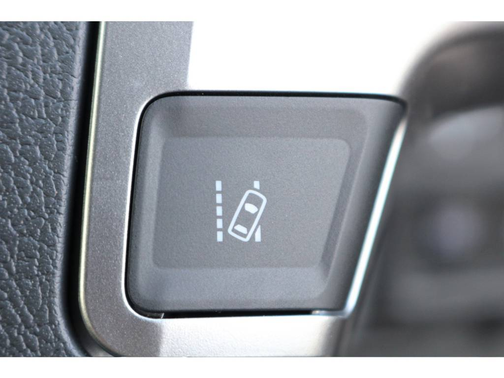 車線のふらつき防止のレーンディパーチャーアラート付! | トヨタ ハイエース 2.7 GL ロング ミドルルーフ 4WD セーフティー付き ナビ・エアロPKG