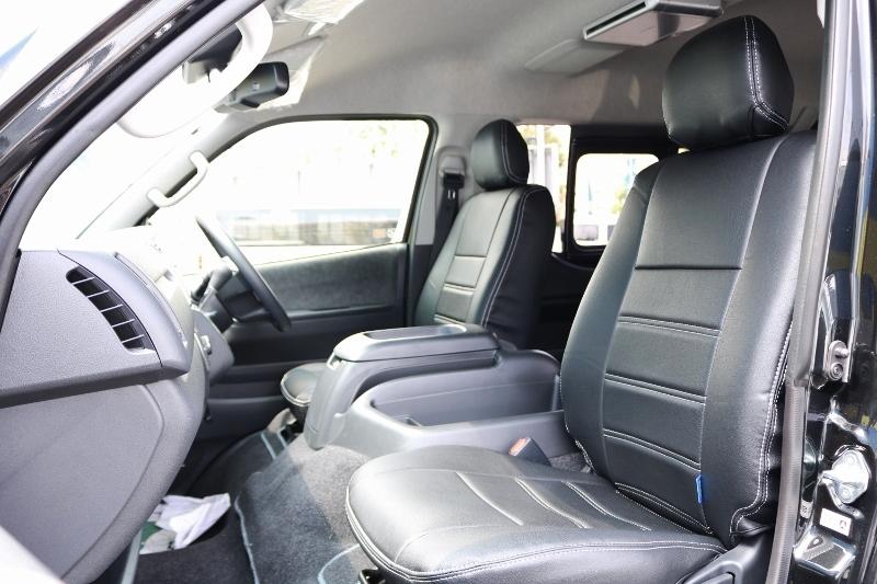 シートカバー装着しているのでお手入れも楽です! | トヨタ ハイエース 2.7 GL ロング ミドルルーフ 4WD セーフティー付き ナビ・エアロPKG