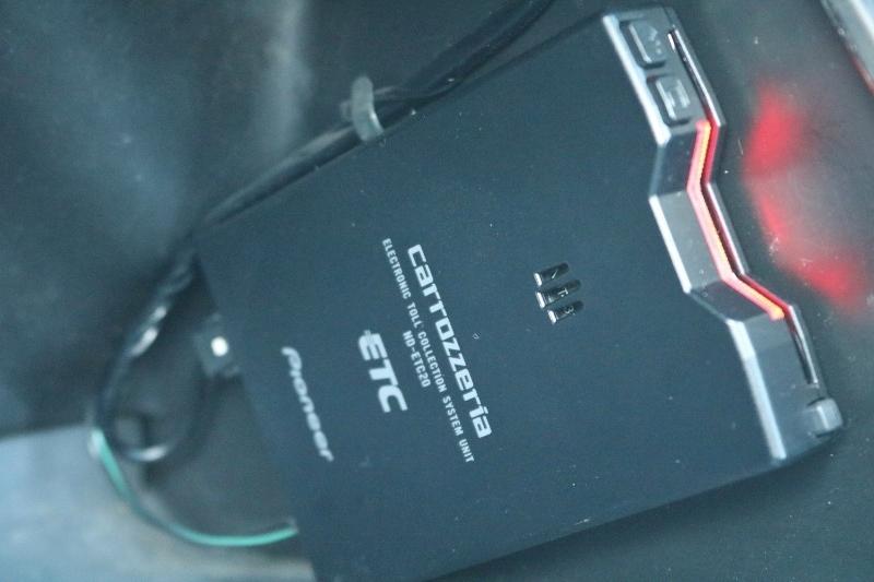 ETC装備済み! | トヨタ ハイエース 2.4 スーパーカスタムG トリプルムーンルーフ